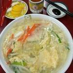 中華料理 普門 - 辛いのが苦手の人向けに、日本チャンポンもあります
