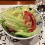 ステーキランド神戸館 - まずは野菜サラダから^^