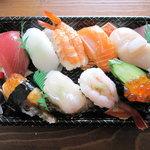 お持ち帰りすしまる京 - 料理写真:「上にぎり」(800円)