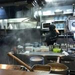 煮干しつけ麺 宮元 - 厨房