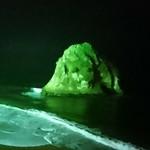 71698812 - ライトアップされた二ツ島