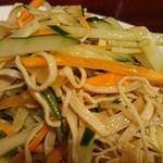 中国家庭料理 楊 - 拌三絲 歯応えがよくてさっぱりしているので、痺れ休みにぴったりです