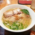 麺'sら.ぱしゃ - 料理写真:普通の塩ラーメン。
