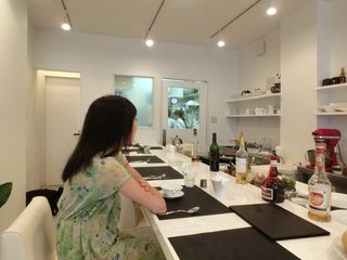 アトリエコータ 神楽坂店 - 店内のカウンター席の風景です