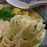 らー麺土俵 鶴嶺峰 - 細麺