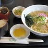 Kafegurirutampopo - 料理写真:2017年8月 ラーメン定食(750円)