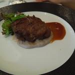 マンジャーレ ウォーターエッジ - 牛肉のグリル