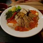井ノ弥 - のど黒とウニとアワビと赤イカとふぐと夏野菜の炙りちらし