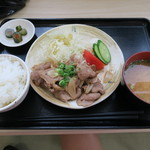 ふじやま食堂 - 生姜焼き定食1,00円也