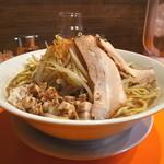 幻の中華そば加藤屋 大阪にぼ次朗 - 鰹四郎(野菜まし)