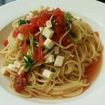 タントタベテ - 【ランチ】モッツアレラ&フレッシュトマトの冷製パスタ大盛り