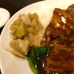 広来飯店 - おつまみの搾菜をもらい