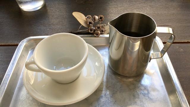 寺崎コーヒー - 銀カップで2杯は嬉しい