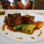 ブラッスリー・シェ・アキ - 和豚もちぶたのリヨン風、夏野菜のグリエ添え