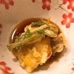 大喜 - 天ぷら小鉢 つゆが別添えならなお良し!かな。。
