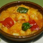 スペイン料理銀座エスペロ - ナバラ名物 タラ、エビ、ズワイガニのトマト煮