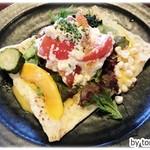ヤサトデトレタ - 米粉のガレットセット、鈴木牧場のリコッタチーズとトマトのトッピング