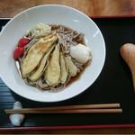 喰亭 壱 - 夏野菜冷やしそば 880円