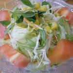 ナチュラルキッチン きらら - 島原ハーブ鶏のから揚げと車麩のカツのっけひよこ豆入りベジタブルカレー(サラダ)
