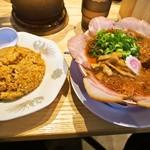サバ6製麺所 - 中華そば 肉増し + 半やきめしセット