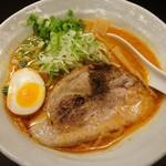 辛いラーメン14 - 辛味噌(普)+痺れ(820円)