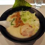 目黒 虎心房 - 虎心麺(500円/オープン記念価格)