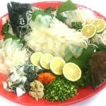 丸栄鮮魚店 - 大分のブランド魚「かぼすヒラメ」のお造り♪