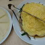 金春本館 - 玉子と野菜のクレープ包み