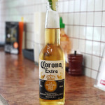 deli fu cious - コロナビール 648円