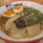 Koganeya - 濃口醤油ラーメン 味玉 800円