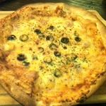 DOOR - とろ〜りチーズのニューヨークピザ