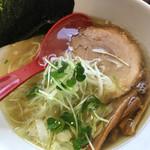 麺屋 燕 - 塩ラーメン 700円