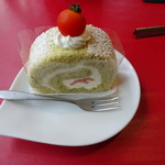 Patisserie &Restaurant Amour - トマトのロールケーキ