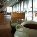 Gallery & Cafe DODO - 紅茶はカップで提供