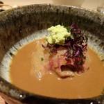 しらに田 - ◆鯛は大きめの切り身が4キレ入っています。少し辛口の胡麻だれですね。