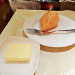 71751555 - パンとバター