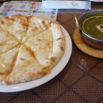 バンダナ - アルパラクとメープルチーズナン
