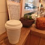 パーチ バイ ウッドベリー コーヒー ロースターズ - ドリップL 550円