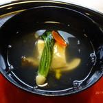 京料理 かじ - 豆乳豆腐とエリンギ等の薄餡かけのお椀