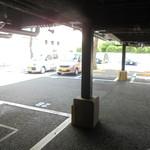 とんかつ神楽坂さくら - 駐車場