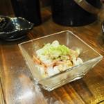 串ザンマイ - イカとベーコンの炒め物