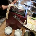 中野屋 - お燗酒「鶴齢」680円
