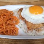 レストラン泉屋 - ポークスペシャル まぁ帯広の豚丼ですね。