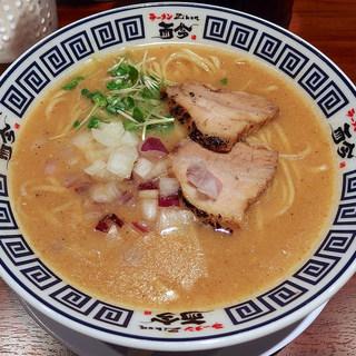 ラーメンZikon - 料理写真:たまり醤油の極み煮干しそば・平打ちVer(750円)