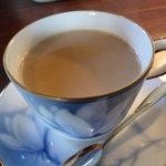 7176924 - ☆紅茶のカップもお洒落で飲みやすいです(*^。^*)☆
