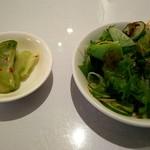 古奈青山 - 料理写真:サラダ、ザーサイ