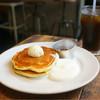 NUMBER A - 料理写真:PANCAKE メープル&シャンティ