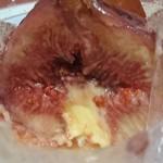 ファウンドリー - 丸ごといちじくのデザートの断面