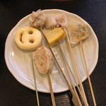 京そば処 志乃崎 - ニコちゃんポテト、しゅうまい、餃子、イカ、だし巻き卵、すり身等