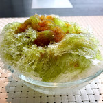 下町 DINING & CAFE THE sea - 2杯目のかき氷(少なめ)は抹茶と黒蜜。これでコンプリート!